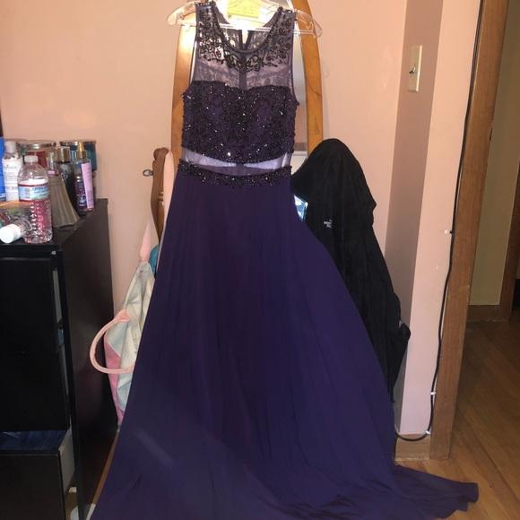 Jovani Dresses & Skirts - Jovanni prom dress only worn once